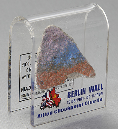 Berlin Wall Original Piece Magnet Gifts Amp Souvenirs