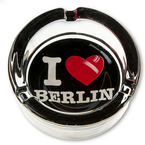 ashtray i love berlin black gifts berlin souvenirs online. Black Bedroom Furniture Sets. Home Design Ideas