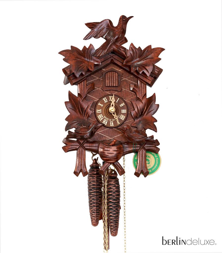 Cuckoo clock cuckoos by hekas berlin deluxe souvenirs shop - Cuckoo bird clock sound ...