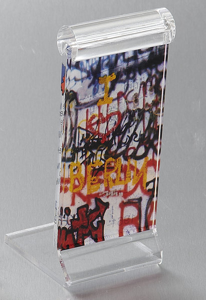 authentic piece of the berlin wall deluxe souvenirs online shop. Black Bedroom Furniture Sets. Home Design Ideas