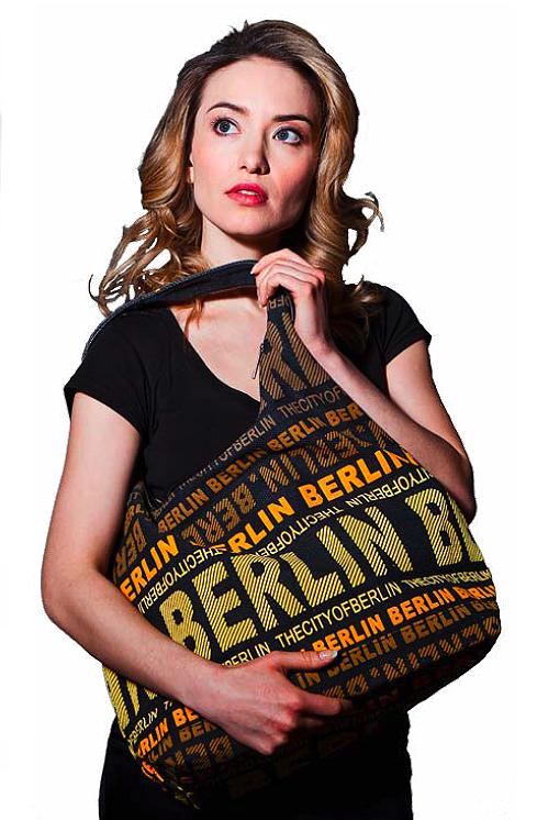 6398aed4f8c66 Shoulder Bag Berlin - Souvenir Bags Robin Ruth   B-Dlx onlineshop