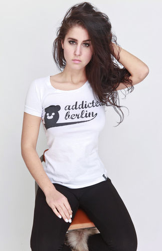 Addicted 2 Berlin Shirt Rundhals Weit